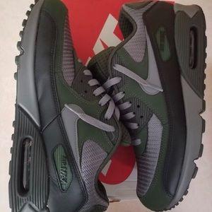 Nike Air Max 90, Size 11.5